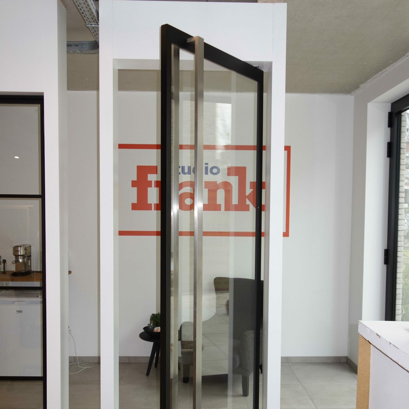 Pivoterende deur